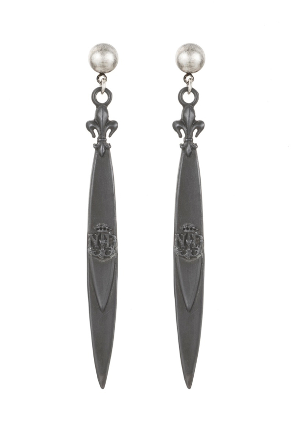GRAPHITE POINTU PENDANT EARRINGS