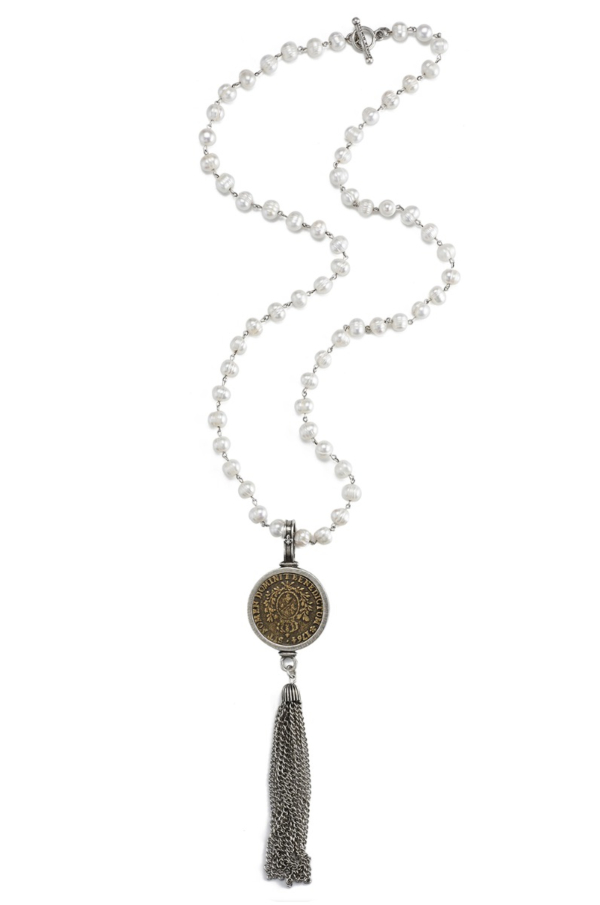PEARLS WITH SILVER WIRE, DOMINI MEDALLION AND TASSEL