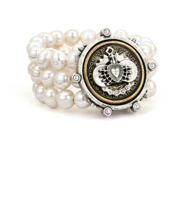 TRIPLE STRANDED WHITE PEARL WITH CENTENNIAL I HEART STACK MEDALLION