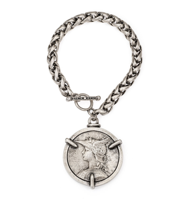 CHEVAL CHAIN WITH 3-PRONG MINSTRY MEDALLION
