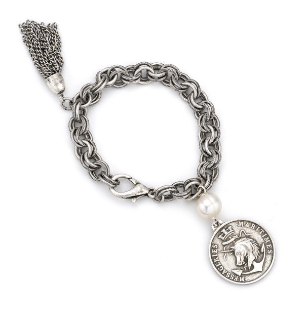 PROVENCE CHAIN WITH PEARL ACCENT, COLONIES MEDALLION AND TASSEL
