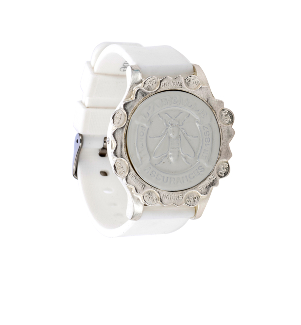 WHITE SPORT KANDE BRACELET WITH ABEILLE MEDALLION