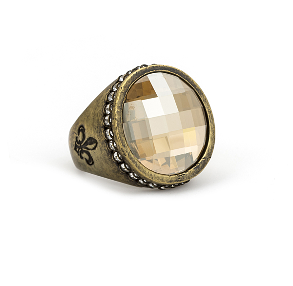 SWAROVSKI SIGNET RING WITH GOLDEN SHADOW CHECKERBOARD SWAROVSKI CABOCHON