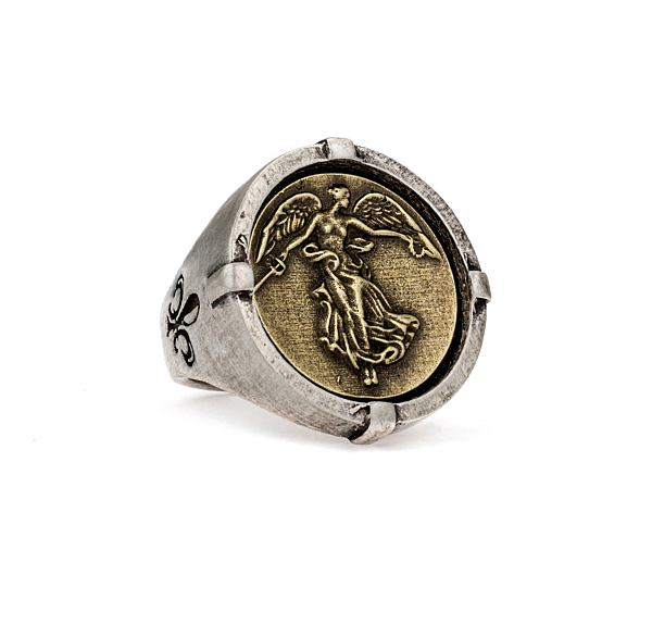 SIGNET RING WITH L'ANGE MEDALLION