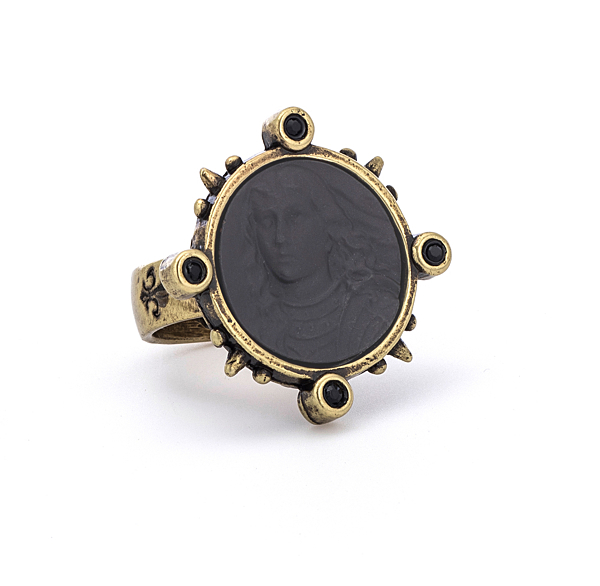 SPIKED RING WITH GRAPHITE PETITE JOAN MEDALLION