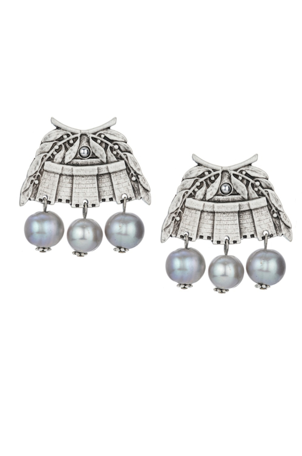 CHATEAU EARRINGS WITH SILVER PEARL DANGLES