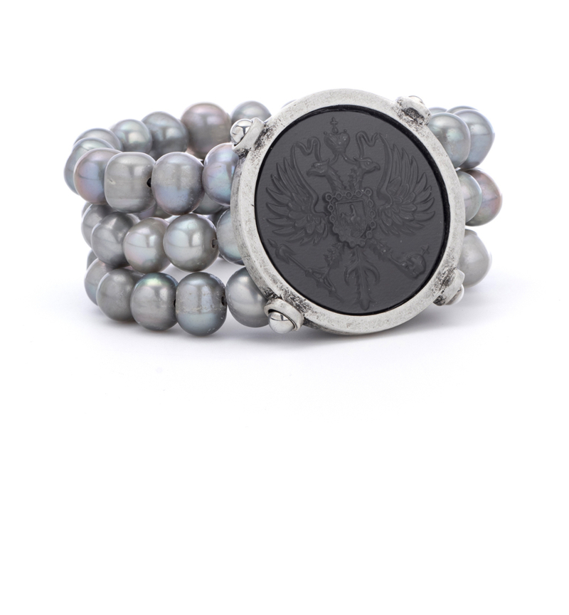 TRIPLE STRAND SILVER PEARL WITH GRAPHITE CANARD MEDALLION