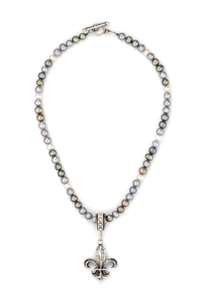 TRI-COLOR PEARLS WITH FK FLEUR PENDANT
