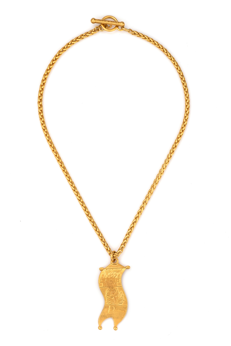 CHEVAL CHAIN WITH LES AFFAIRES PENDANT