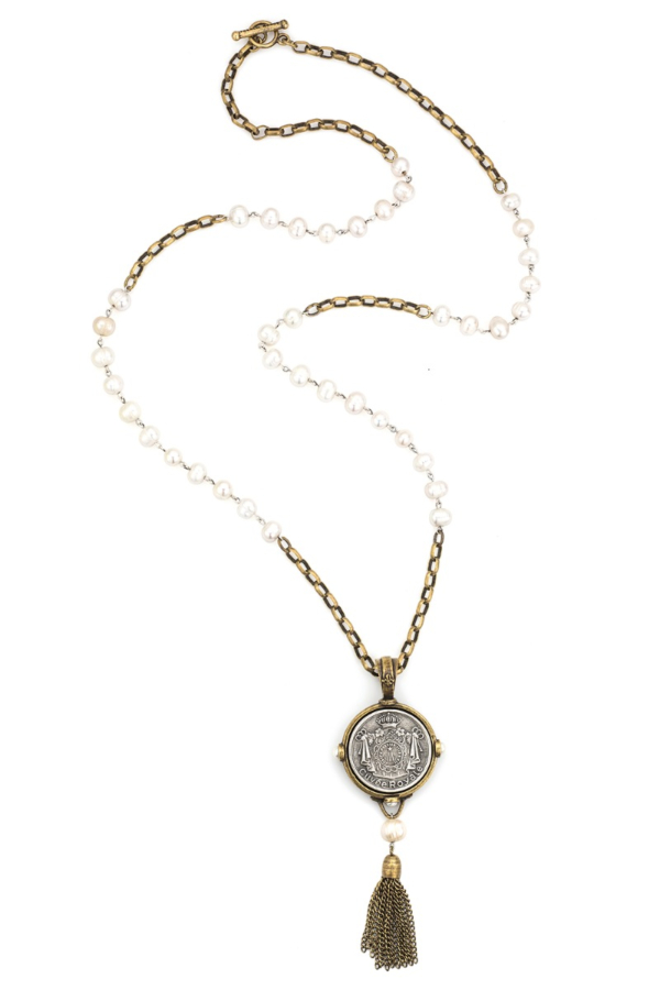 WHITE PEARL WITH SILVER WIRE, ALSACE CHAIN, CUVEE ROYALE MEDALLION AND TASSEL