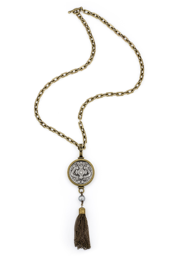 HONFLEUR CHAIN WITH PENSER MEDALLION, PEARL AND TASSEL