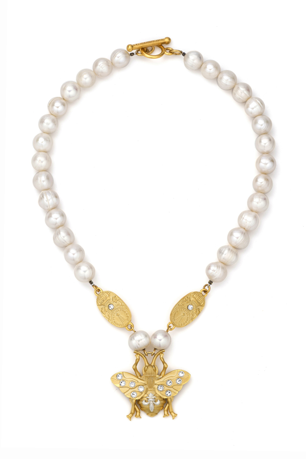 PEARLS WITH GOLD SWAROVSKI CUVEE AND FK BEE PENDANT