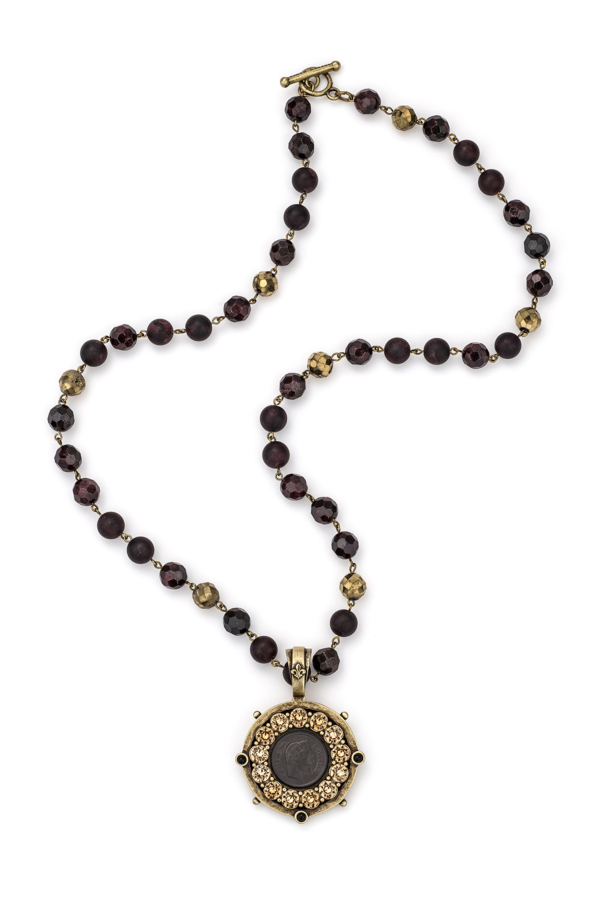 D'OR GARNET MIX WITH BRASS WIRE AND GRAPHITE MINI NAPOLEON MEDALLION WITH SWAROVSKI