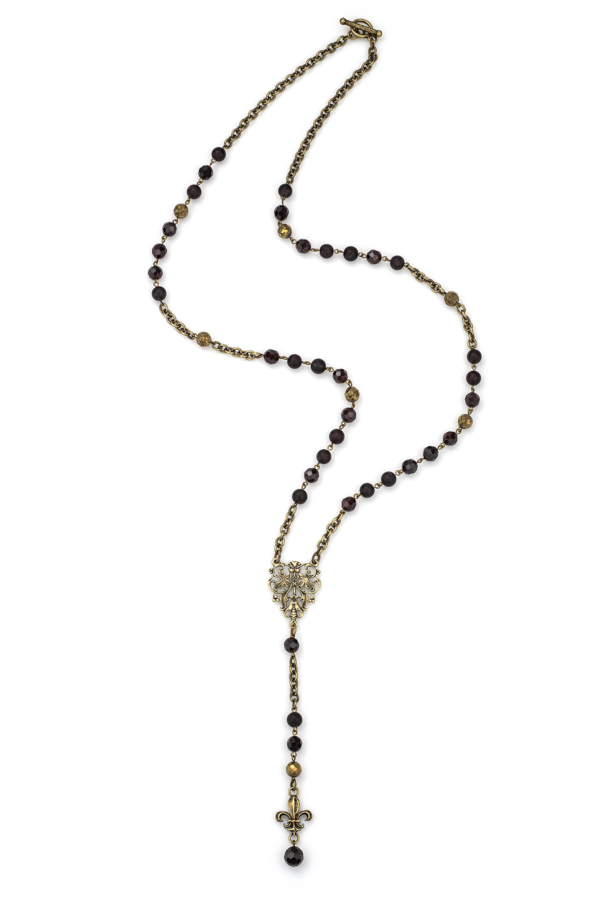 D'OR GARNET MIX AND CHAIN WITH FRENCH FILIGREE AND FK FLEUR PENDANT