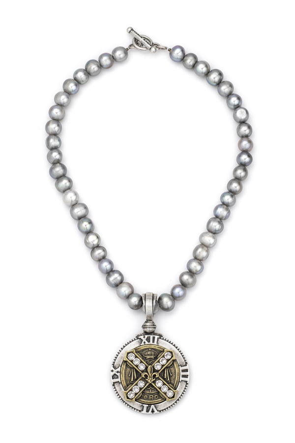 SILVER PEARLS WITH SWAROVSKI CUVEE B MEDALLION