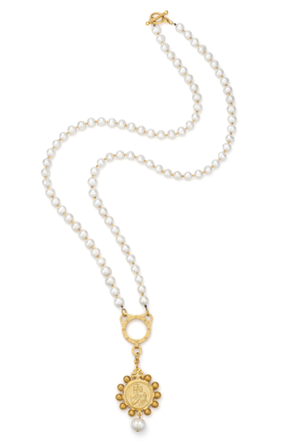 WHITE PEARLS AND GOLD HEISHI WITH GOLD CROWNING MARY MEDALLION AND PEARL DANGLE