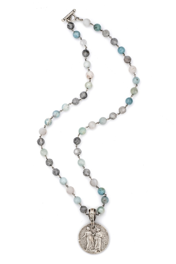 AQUAMARINE MIX WITH SILVER WIRE AND REPUBLIQUE MEDALLION