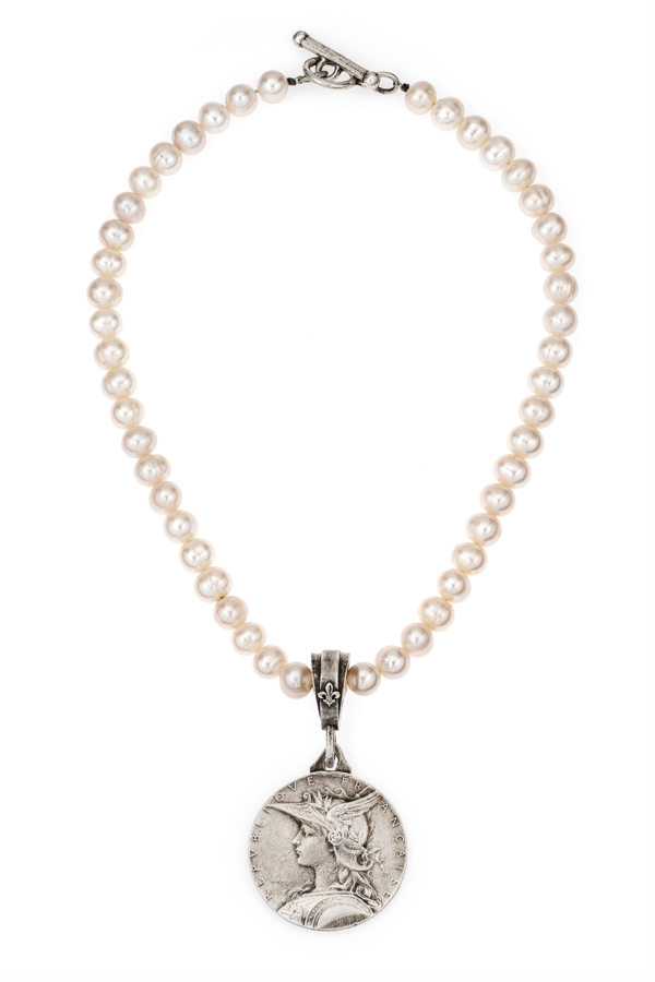 WHITE PEARLS WITH MINISTRY MEDALLION