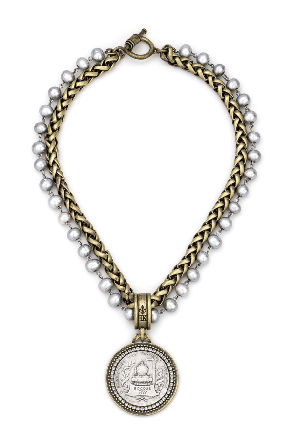 DOUBLE STRANDED PEARLS AND CHEVAL CHAIN WITH BOCQUE MEDALLION
