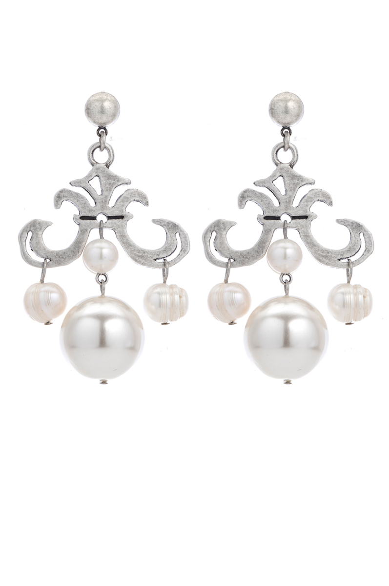 GRAND FLEUR EARRINGS WITH PEARL DANGLES