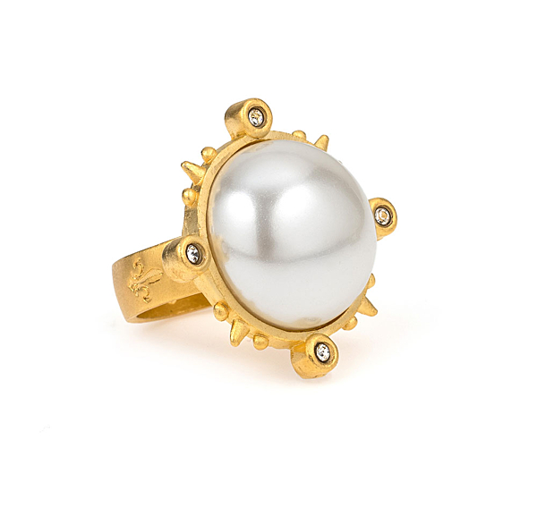 GOLD SPIKED RING WITH PEARL CABOCHON
