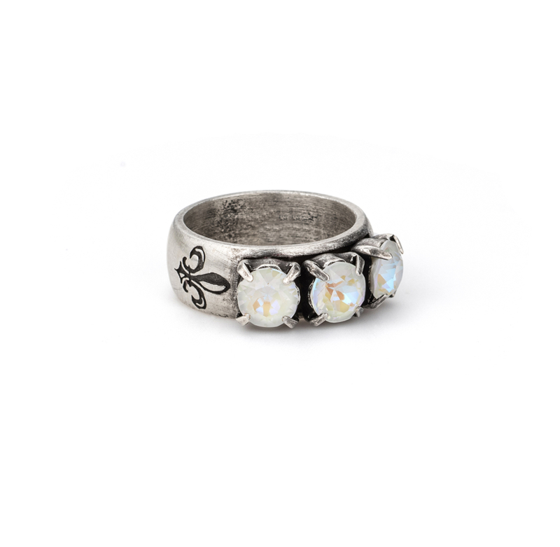 LIGHT GREY DELITE TRIPLE SWAROVSKI RING